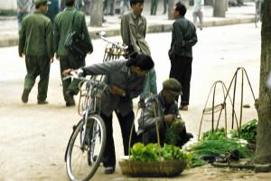 1981-Simao-markt01-K1981